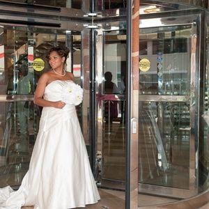Dazzling Wedding Dress